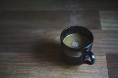 Caf? de matin sur la table en bois photo stock