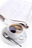 Café e jornal Imagem de Stock Royalty Free