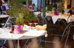 Café francés tradicional Imagen de archivo libre de regalías