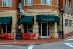 Cafe'Choklad, tienda de delicatessen euro y café Fotos de archivo