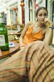 cafe outdoor relaxing woman στοκ φωτογραφίες