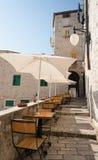 cafe utomhus- croatia Arkivbilder