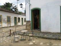 Cafetería vieja de la librería de la calle de la piedra de la lámpara - Paraty Foto de archivo