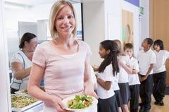 cafeteria holding lunch plate school teacher στοκ φωτογραφίες με δικαίωμα ελεύθερης χρήσης