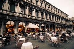 Caffèen Florian, berömd restaurang i venice på den St Mark `en, Fotografering för Bildbyråer