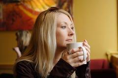 Caffè bevente Immagine Stock Libera da Diritti