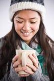 Caffè bevente della bella donna asiatica Fotografia Stock Libera da Diritti
