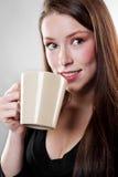 Caffè bevente della donna di affari Fotografie Stock Libere da Diritti