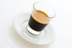 Caffè caldo del caffè espresso su una piccola zolla Fotografie Stock