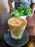 Caffè caldo del latte del caffè di pomeriggio Immagini Stock