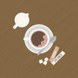Caffè con il crema e cucchiaino sul piattino Fotografia Stock