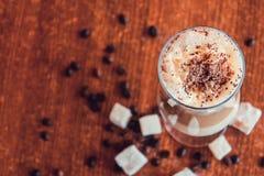 Caffè con la schiuma fine del latte Fotografie Stock