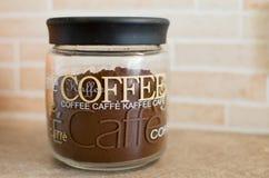 Caffè in contenitore di vetro Immagine Stock