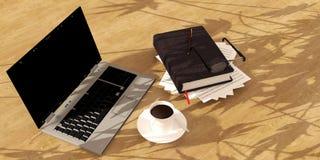 Caffè del libro del computer portatile sul pavimento di legno Immagine Stock Libera da Diritti