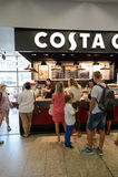 Caffè di Costa Coffee fotografia stock libera da diritti