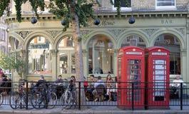 Caffè di Londra, via principale di Marylebone, Inghilterra Fotografia Stock