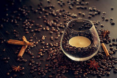 Caffè e candela Fotografia Stock Libera da Diritti
