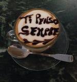 Caffè e latte con amore Immagini Stock