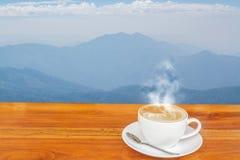 Caffè e montagna Immagine Stock Libera da Diritti