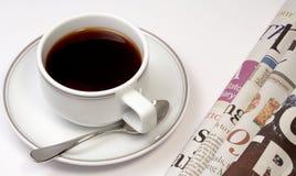 Caffè e notizie Fotografia Stock Libera da Diritti