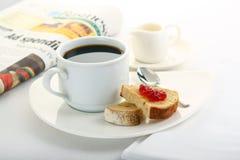 Caffè e pane tostato Immagini Stock