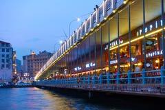 Caffè e ristoranti sul ponte di Galata Fotografia Stock