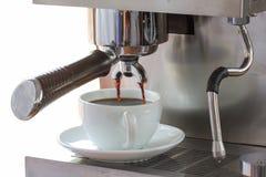 Caffè espresso nel bar; primo piano Fotografie Stock Libere da Diritti