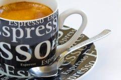 Caffè fresco del caffè espresso con il crema Immagini Stock