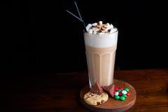 Caffè ghiacciato con il gelato del cioccolato Fotografia Stock Libera da Diritti