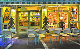 Caffè Ioannina Grecia della via di notte di natale Fotografie Stock Libere da Diritti