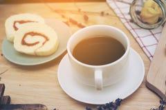 caffè nero con il bekery Fotografia Stock