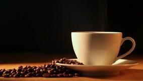 Caffè pieno di vapore video d archivio