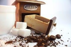 Caffè-smerigliatrice Fotografia Stock