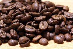 Caffè su fondo di legno Immagini Stock Libere da Diritti