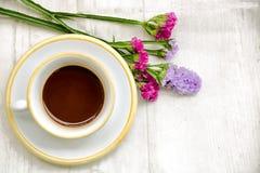 Caffè su primavera immagine stock libera da diritti