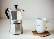 Caffè su una tavola Immagini Stock Libere da Diritti
