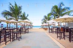 Caffè sulla spiaggia e sul randello di immersione subacquea Immagini Stock Libere da Diritti