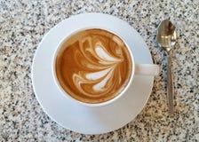 Caffè sulla tabella 1 del granito fotografie stock libere da diritti