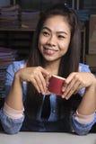 Caffè in tazza rossa Immagini Stock Libere da Diritti