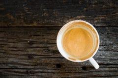 Caffè, tazza, tazza di caffè su una tavola di legno Immagini Stock