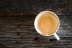 Caffè, tazza, tazza di caffè su una tavola di legno Fotografia Stock Libera da Diritti