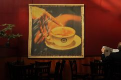 Caffe Nero в улице Cranbourn, Ковент Гардене, Лондоне, Великобритании - 30-ое сентября 2012 стоковые изображения rf
