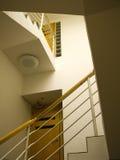 Cage d'escalier moderne Photographie stock libre de droits