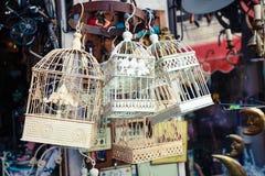 Cages à oiseaux chics de Chabby Photographie stock libre de droits