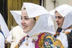 CAGLIARI, ITÁLIA - 1º de maio de 2013: Procissão 357 religiosa do ` Efisio - Sardinia de Sant Fotos de Stock