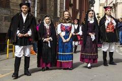 CAGLIARI, ITÁLIA - 1º de maio de 2013: Procissão 357 religiosa do ` Efisio - Sardinia de Sant Fotografia de Stock
