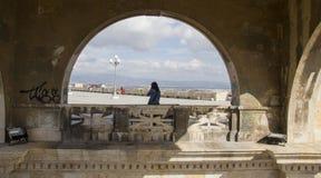 CAGLIARI, ITÁLIA - 9 de novembro de 2013: Bastião de Saint Remy Cagliari - distrito do castelo - Sardinia Fotos de Stock Royalty Free