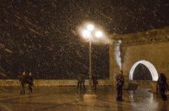 Cagliari, Italië - December 31: Nieuwjaarnacht Niet geïdentificeerde peop Stock Fotografie