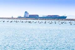 Cagliari - Italia - 8 de marzo de 2015: En de Santa Ricarda Container Ship Fotografía de archivo libre de regalías