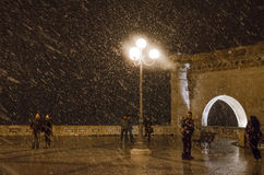 Cagliari, Italia - 31 dicembre: Notte del nuovo anno Peop non identificato Fotografia Stock